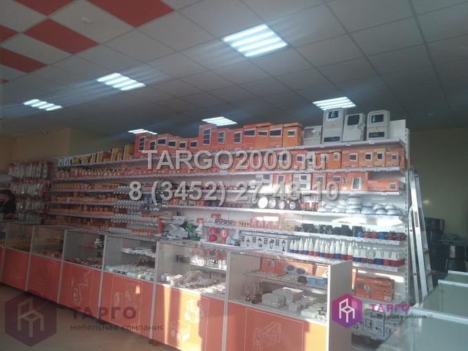 Стеллажи и витрины для магазина электрики