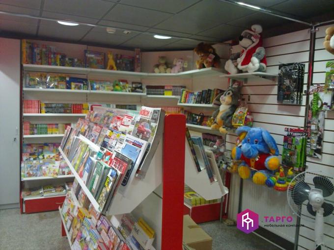 Полки для журналов и книг