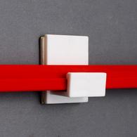 Держатель рамки с клейким основанием, белый, 40х33 мм
