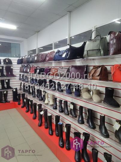 Экономпанели с красными вставками для обуви