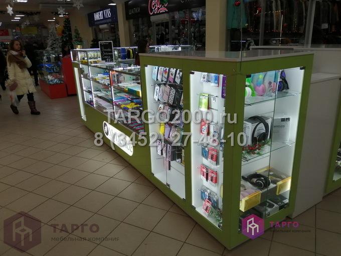 Островные витрины для мобильных аксессуаров 4.JPG