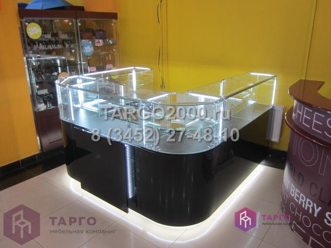 Островные витрины с гнутыми стеклами Rafam 4.JPG