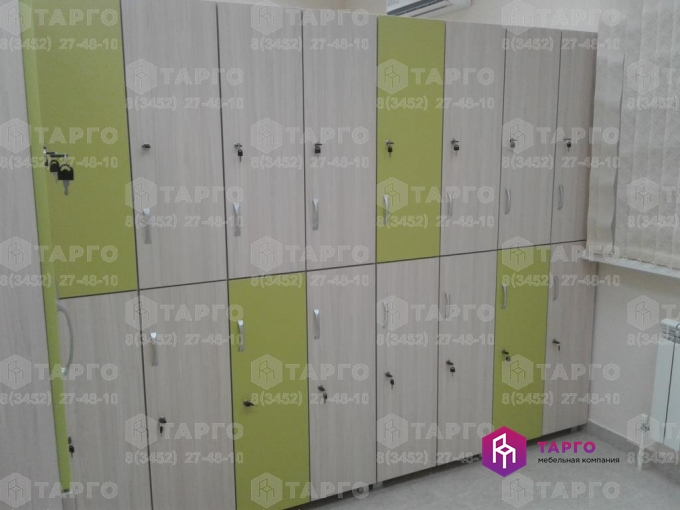 Шкафы раздевальные из ЛДСП.jpg