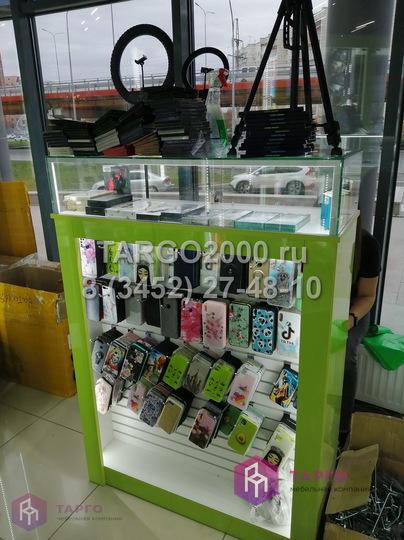 Стойка продавца в магазин чехлов 3.JPG