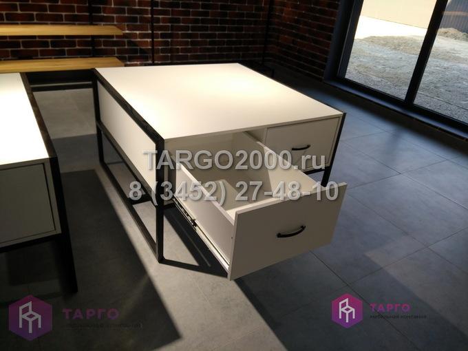 Тумба с ящиками на металлокаркасе 1 .JPG