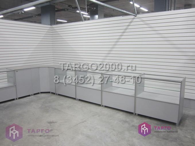 Витрины низкие для стройматериалов 2.JPG